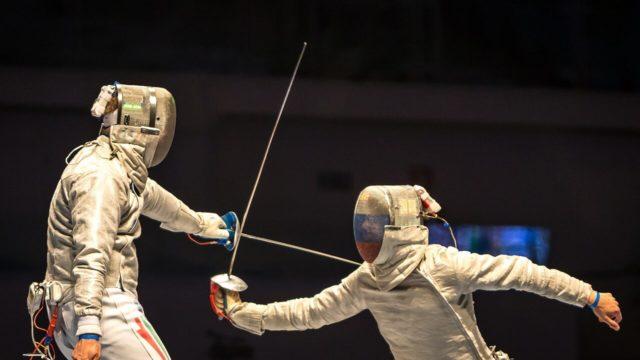 フェンシングセンサーの武道への応用
